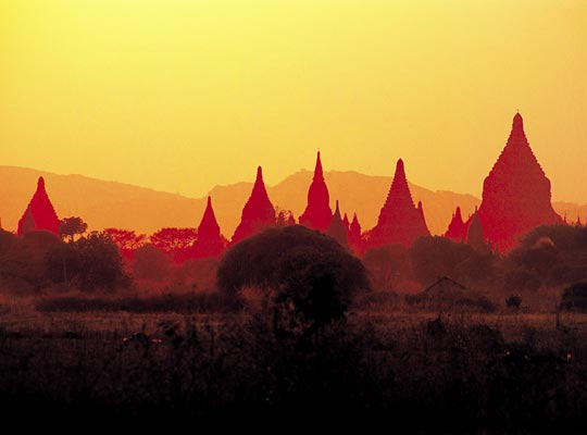 Фото №1 - Золотой поцелуй, или Главное чудо Мьянмы