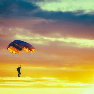 Фото №9 - Гадаем на парашютах: в какой день недели тебе всегда везет? 🪂