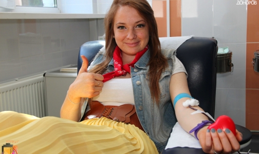 Фото №1 - Петербург остро нуждается в донорской крови с отрицательным резус-фактором