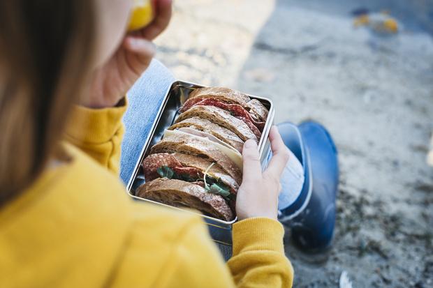Фото №4 - Фрукты, суп и еще 6 продуктов, которые мы зря даем детям