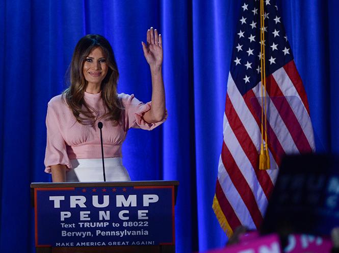 Фото №28 - Стиль Мелании Трамп: фэшн-привычки новой первой леди США