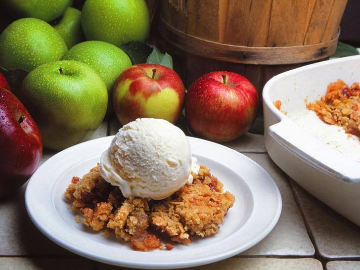 Фото №4 - Яблочный крамбл: история блюда и оригинальный рецепт