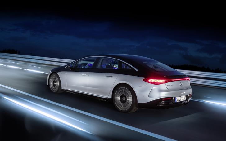Фото №2 - Mercedes-Benz представил электрический S-класс, который вообще не похож на Mercedes-Benz