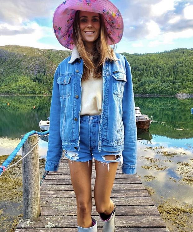 Фото №3 - С чем носить резиновые сапоги: показывают шведские и датские блогеры