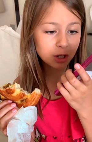 Фото №5 - Чем завтракают дети Пугачевой, Бони и других звезд: фото
