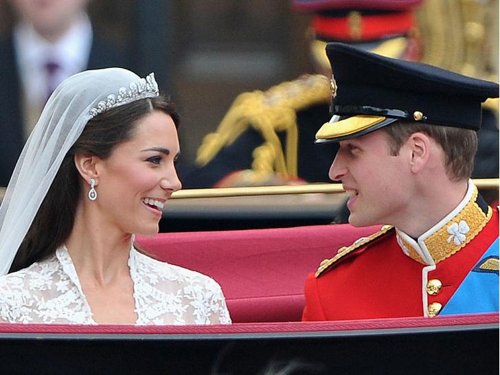 Фото №5 - Странный подход: чем Королева была недовольна на свадьбе Уильяма и Кейт