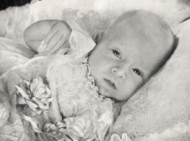 Фото №11 - Угадай кто: на кого больше похожа принцесса Шарлотта