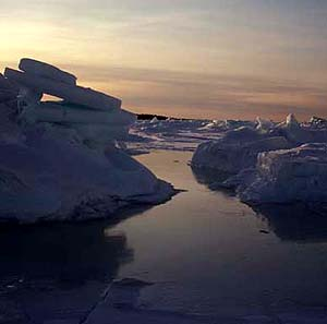 Фото №1 - Лед и снег тают быстрее ожидаемого