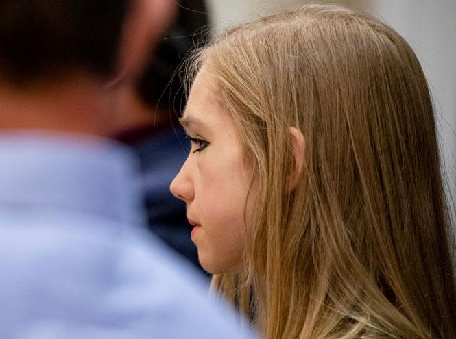 Фото №5 - Анти-Грета: как (и почему) 19-летняя звезда YouTube стала главной противницей Греты Тунберг