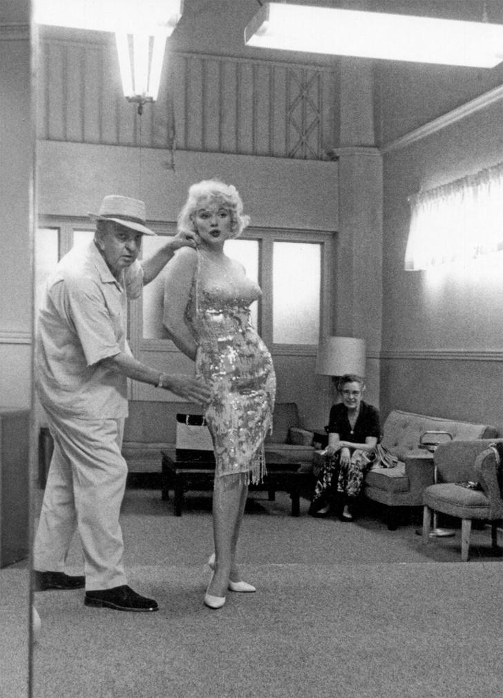 Фото №13 - 7 самых заводных фактов о комедии «В джазе только девушки»