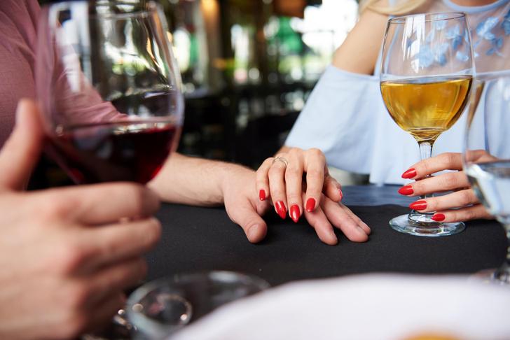 Фото №1 - Ученые объяснили причину неприятного запаха вина