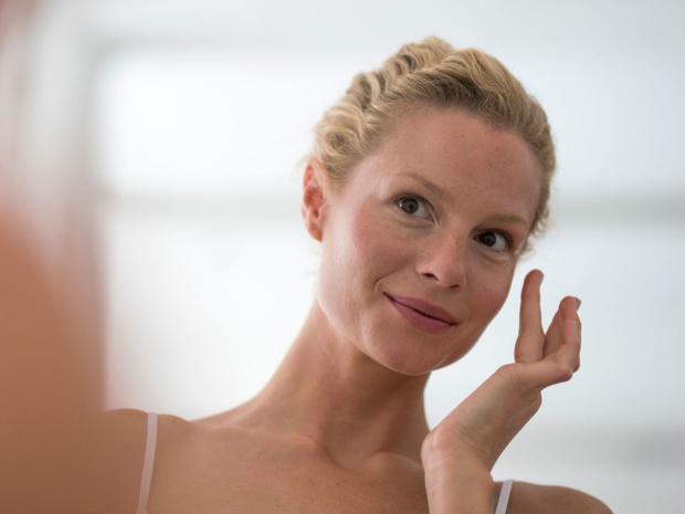 Фото №1 - Как избавиться от покраснений на щеках