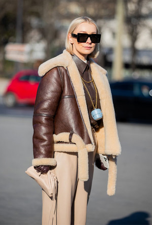 Фото №10 - Как выбрать идеальную кожаную куртку: советы стилиста
