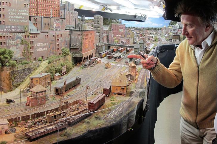 Фото №2 - Род Стюарт создавал эту модель железной дороги 23 года