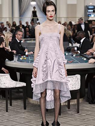 Фото №36 - Неделя Высокой моды в Париже: Chanel FW2015/16