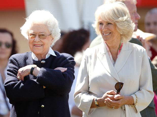 Фото №6 - Герцогиня Камилла выстраивает доверительные отношения с Меган Маркл. Зачем?
