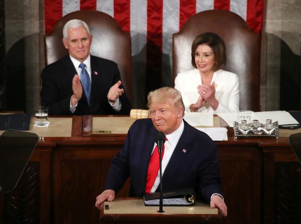 Фото №2 - Оправдан по всем статьям: Дональд Трамп избежал импичмента
