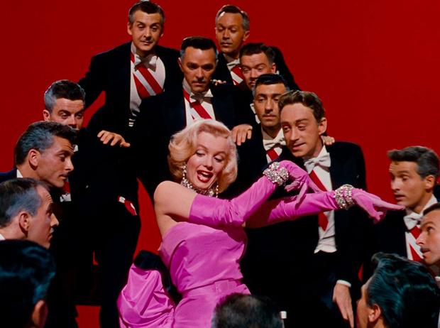 Фото №2 - 13 самых стильных фильмов за всю историю кинематографа