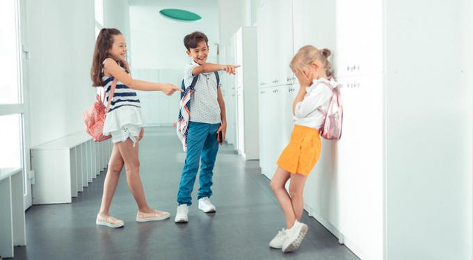 The psychology of school bullies: which children mock peers?