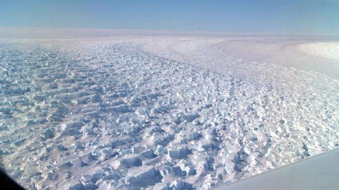 Фото №1 - Начал таять самый глубокий ледник в мире
