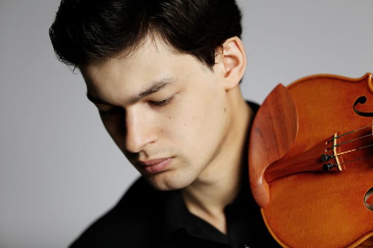 Фото №1 - Играем первую скрипку: скрипач Леонид Железный на «Музыкальных диалогах в Hyundai MotorStudio»