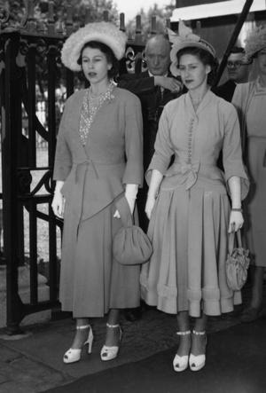 Фото №4 - Лилибет и Марго: подлинная история непростых отношений Королевы и ее младшей сестры