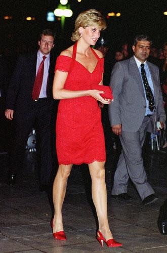 Фото №11 - Как принцесса Диана одевалась в 90-е годы