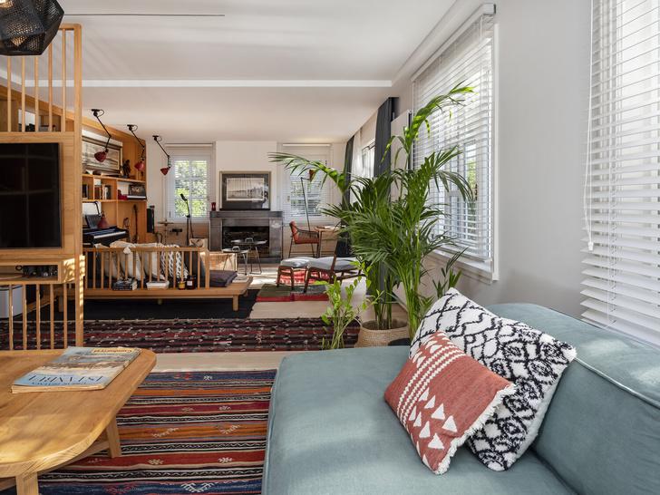 Фото №2 - Дом в Стамбуле для мечтательного молодого человека