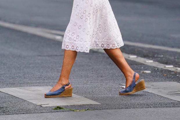 Фото №6 - Они тебя старят: платья, которые опасны после 30 лет