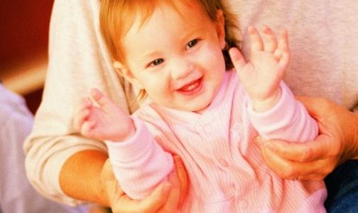 Фото №1 - В школах и детских садах Петербурга объявляется карантин из-за менингита