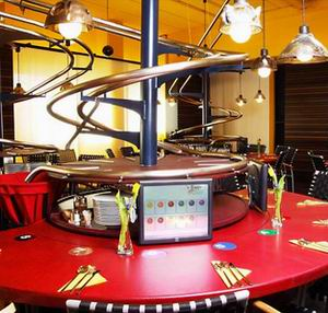 Фото №1 - В Германии открылся ресторан без официантов