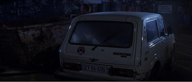 Фото №6 - Самые негероические автомобили Джеймса Бонда