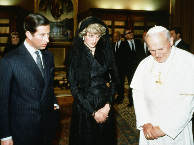 Фото №2 - «Чарльз не будет королем»: неизвестное предсказание принцессы Дианы