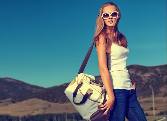 Фото №1 - Весенние аксессуары: выбираем сумку через плечо
