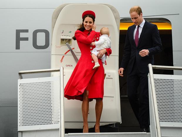 Фото №2 - Какие правила Кейт обязана соблюдать в королевских турах (а Уильям— нет)