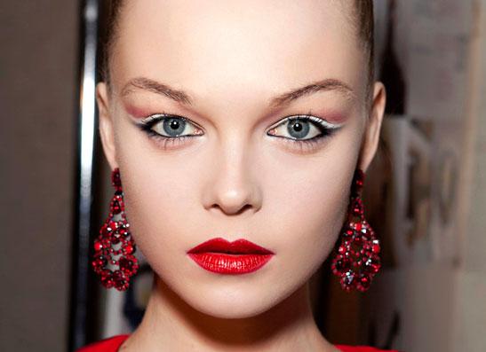 Фото №1 - Цветоформа: зимний макияж