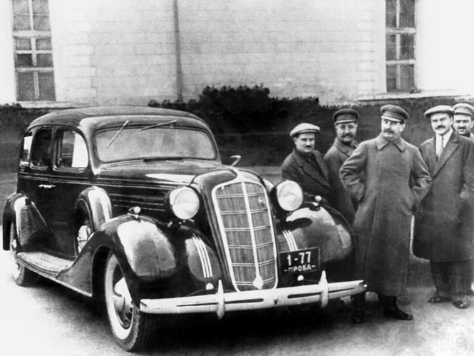 Фото №3 - Назад в СССР: 5 самых роскошных советских автомобилей