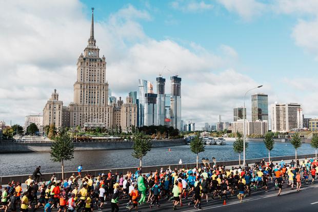 Фото №1 - 22 тысячи человек пробежали Московский Марафон