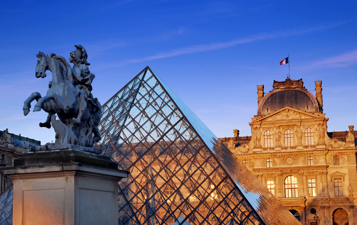 Фото №5 - Пять мест, которые надо посетить в Париже