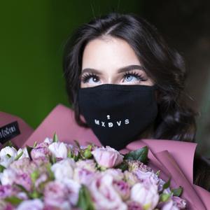 Фото №2 - «Носила маску, когда это еще не было мейнстримом»: Tenderlybae и Кирилл Диденок о буллинге, славе и новой музыке