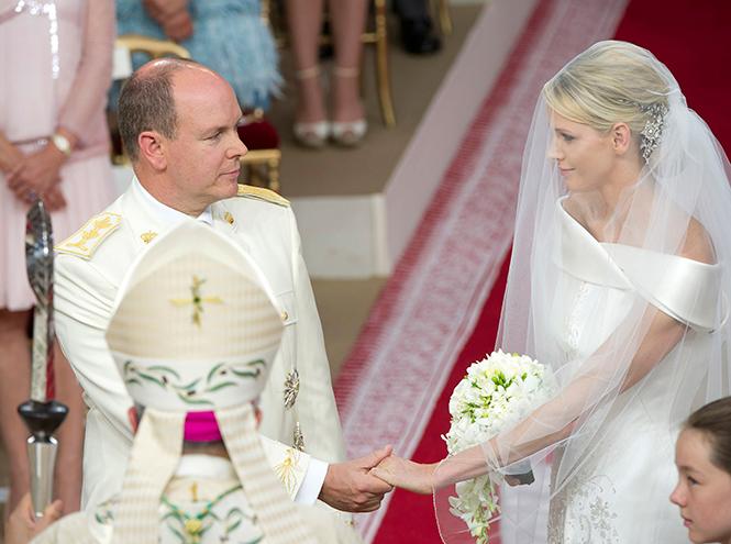 Фото №28 - Самые трогательные моменты королевских свадеб (о Гарри и Меган мы тоже не забыли)