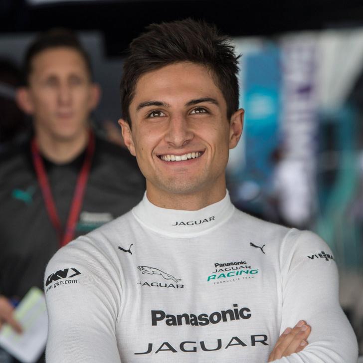 Фото №6 - Автогонки будущего: в гостях у Jaguar Racing на «Формуле E»