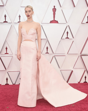 Фото №20 - «Оскар-2021»: лучшие образы церемонии награждения