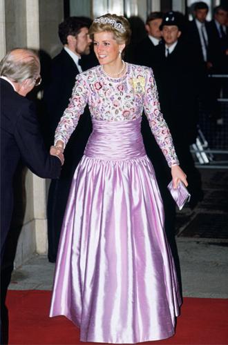 Фото №12 - До/после: как принцесса Диана дарила вторую жизнь старым нарядам