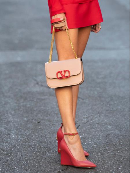 Фото №6 - Лоферы, мюли и другие виды самой удобной обуви для девушек