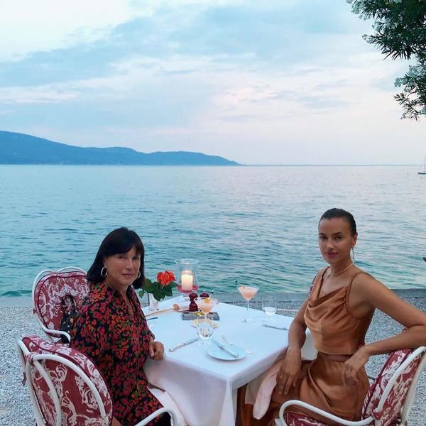 Ирина Шейк, инстаграм, фото, мамы звезд, мамы знаменитостей