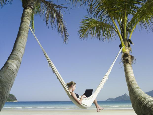 Фото №3 - Как не отвлекаться на работу в отпуске: советы экспертов
