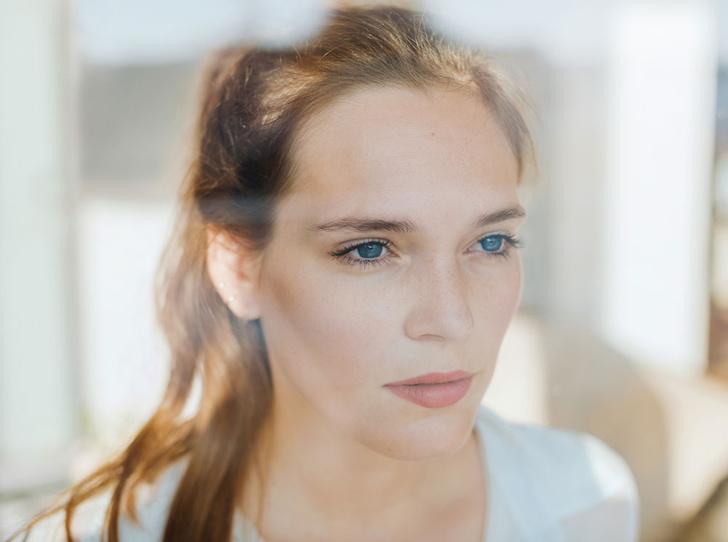 Фото №1 - Пять секретов дневного макияжа: советы визажиста