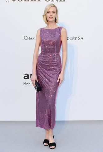 Фото №13 - Самые впечатляющие платья с гала-ужина amfAR 2019
