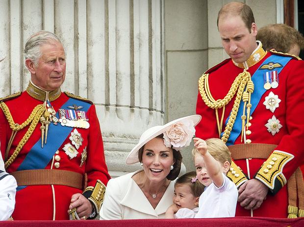 Фото №1 - Какое правило соблюдали Кейт и Уильям в начале отношений (но только когда гостили у принца Чарльза)